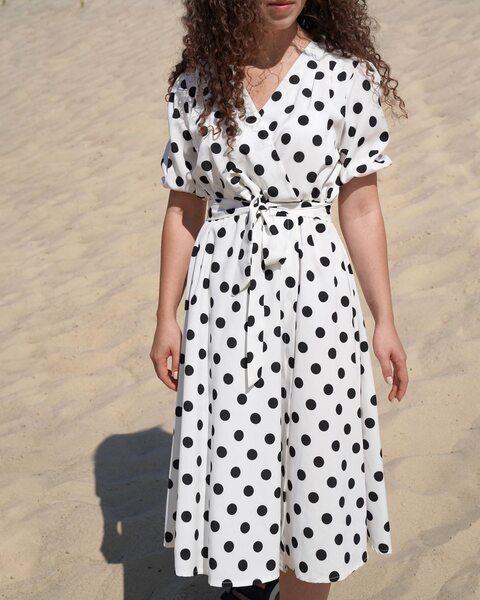 Белое платье длины миди в крупный горох lm4065-1