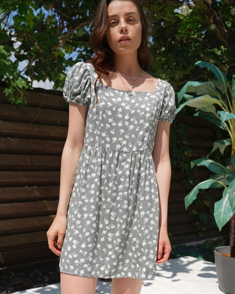 Сукня в квіти м'ятного кольору LM4331
