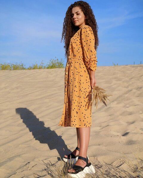 Платье в горох на запах горчичного цвета PL1005-2