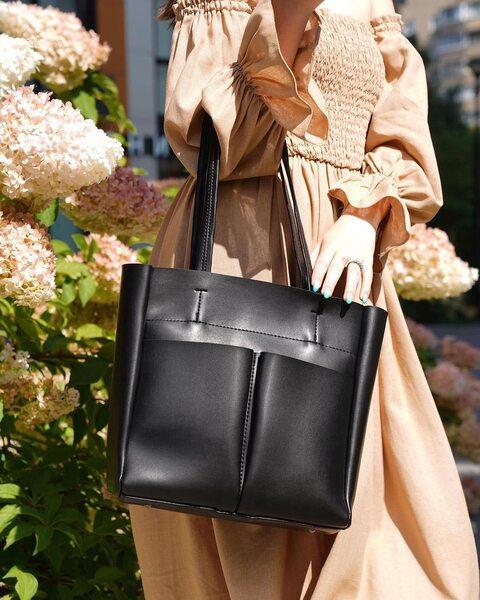 Вместительная сумка с карманами черного цвета LM3077-2